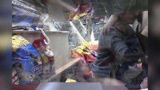 Продавщица магазина трахается с покупателем